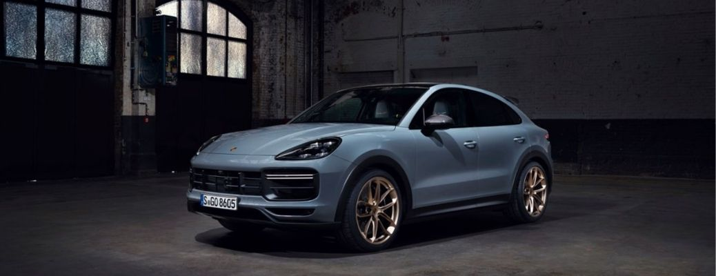 2022 Porsche Cayenne Turbo GT front and side profile