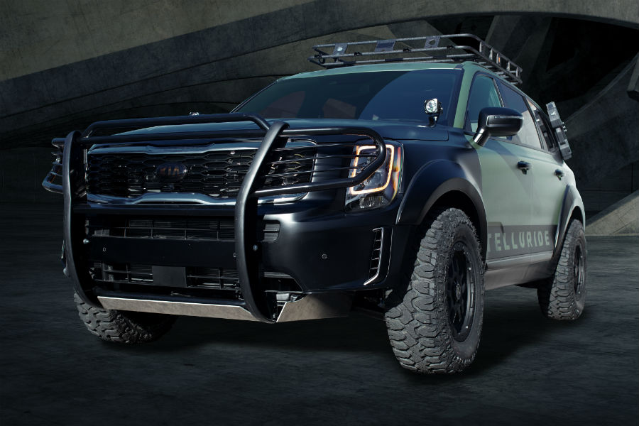 2020-Kia-Telluride-Cadet-Leader-at-SEMA