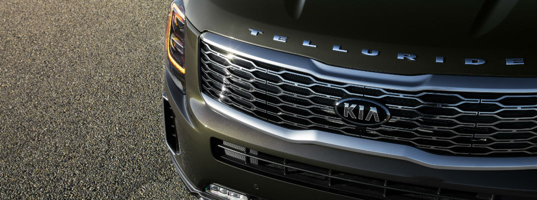 A photo of the front end of the 2020 Kia Telluride.