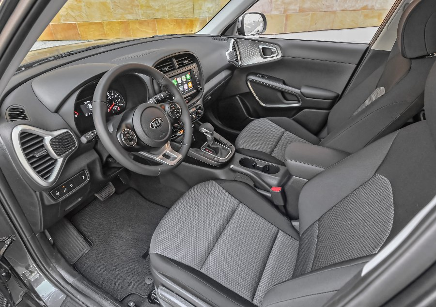 front interior of a 2021 Kia Soul