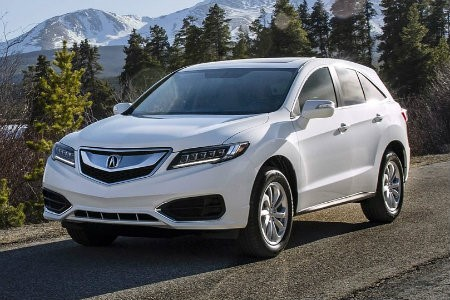 white-2018-Acura-RDX-parked-in-front-of-mountain