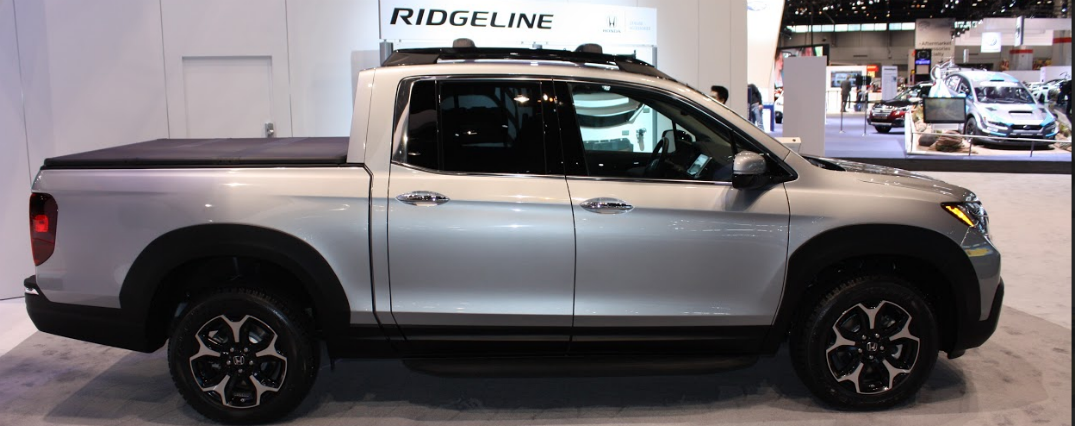 2017 honda ridgeline accessories at the chicago auto show for Honda dealers in chicago