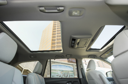2017 Honda Pilot panoramic sunroof view