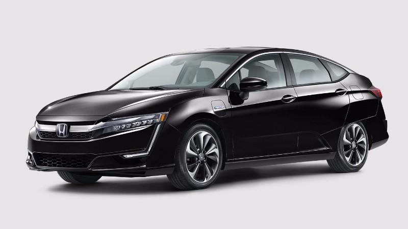 2018 Honda Clarity Plug-In Hybrid in Crystal Black Pearl