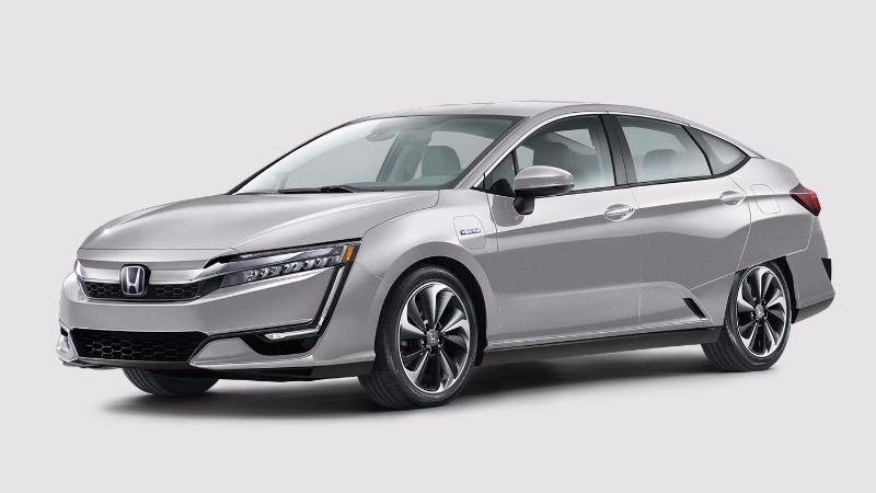 2018 Honda Clarity Plug-In Hybrid in Solar Silver Metallic