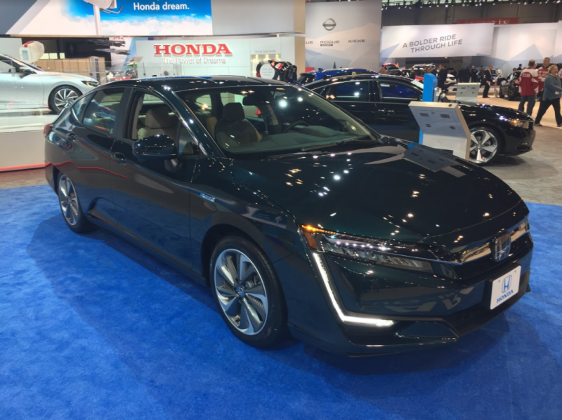 full view of the 2018 Honda Clarity Plug-in Hybrid at the Chicago Auto Show