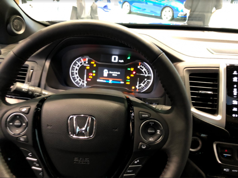 interior steering wheel of the 2018 Honda Ridgeline at the Chicago Auto Show