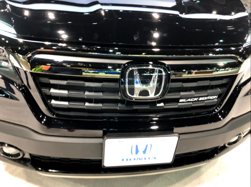 front fascia o the 2018 Honda Ridgeline Black Edition at the Chicago Auto Show