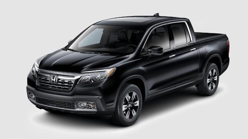 2018 Honda Ridgeline in Crystal Black Pearl