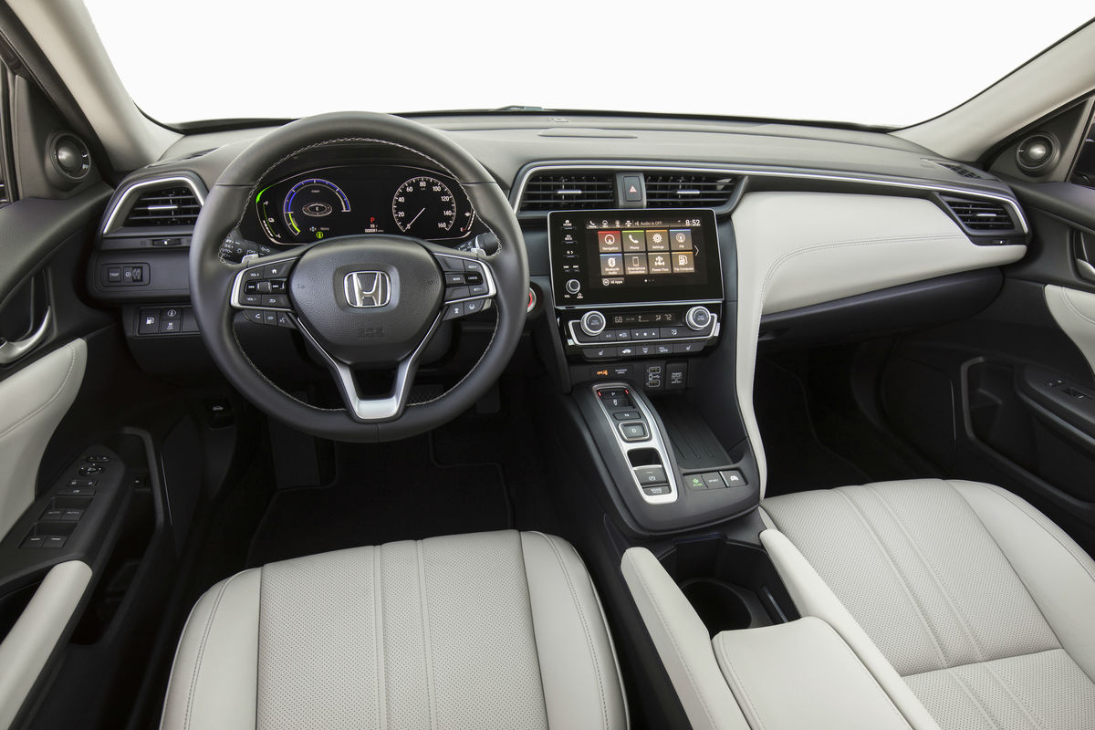 2019 Honda Insight Interior Cabin Front Seat and Dashboard