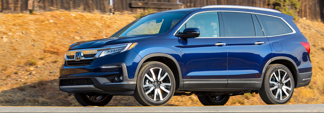 What Features Come Standard with the Honda Pilot?