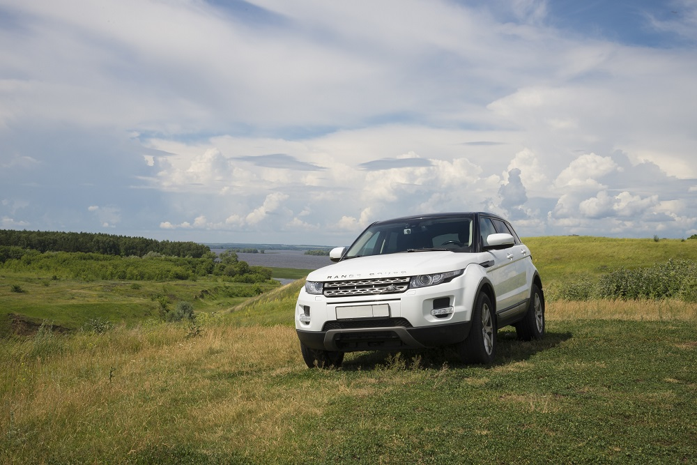 Top Features to Look for in a Used Land Rover Discovery