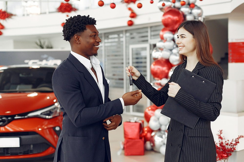 Upsides of Buying a Car from a Used Car Dealership