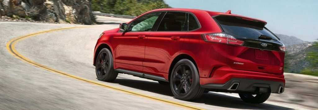 2019 ford edge red side back view