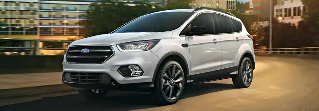 2019 ford escape white side view at night
