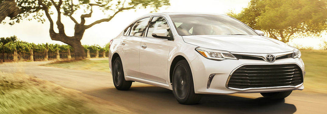 What's inside the 2017 Avalon?