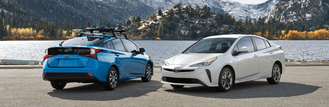 Comparing Honda & Toyota Fuel Economy Ratings: Cars