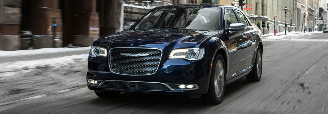 What colors does the Chrysler 300 come in?