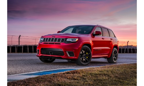 2019 Jeep Grand Cherokee Trailhawk Exterior Shot With Red