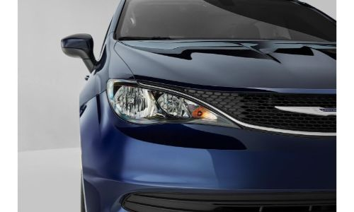 2020 Chrysler Voyager exterior closeup shot of front grille and headlight design