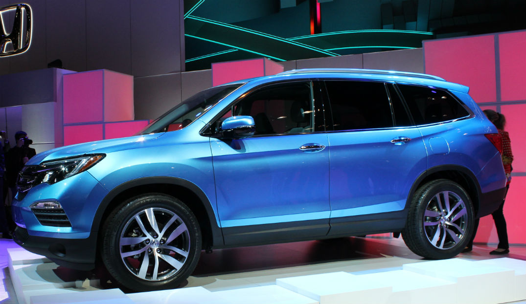 2016 Honda Pilot Earth Dreams i-VTEC V-6 engine