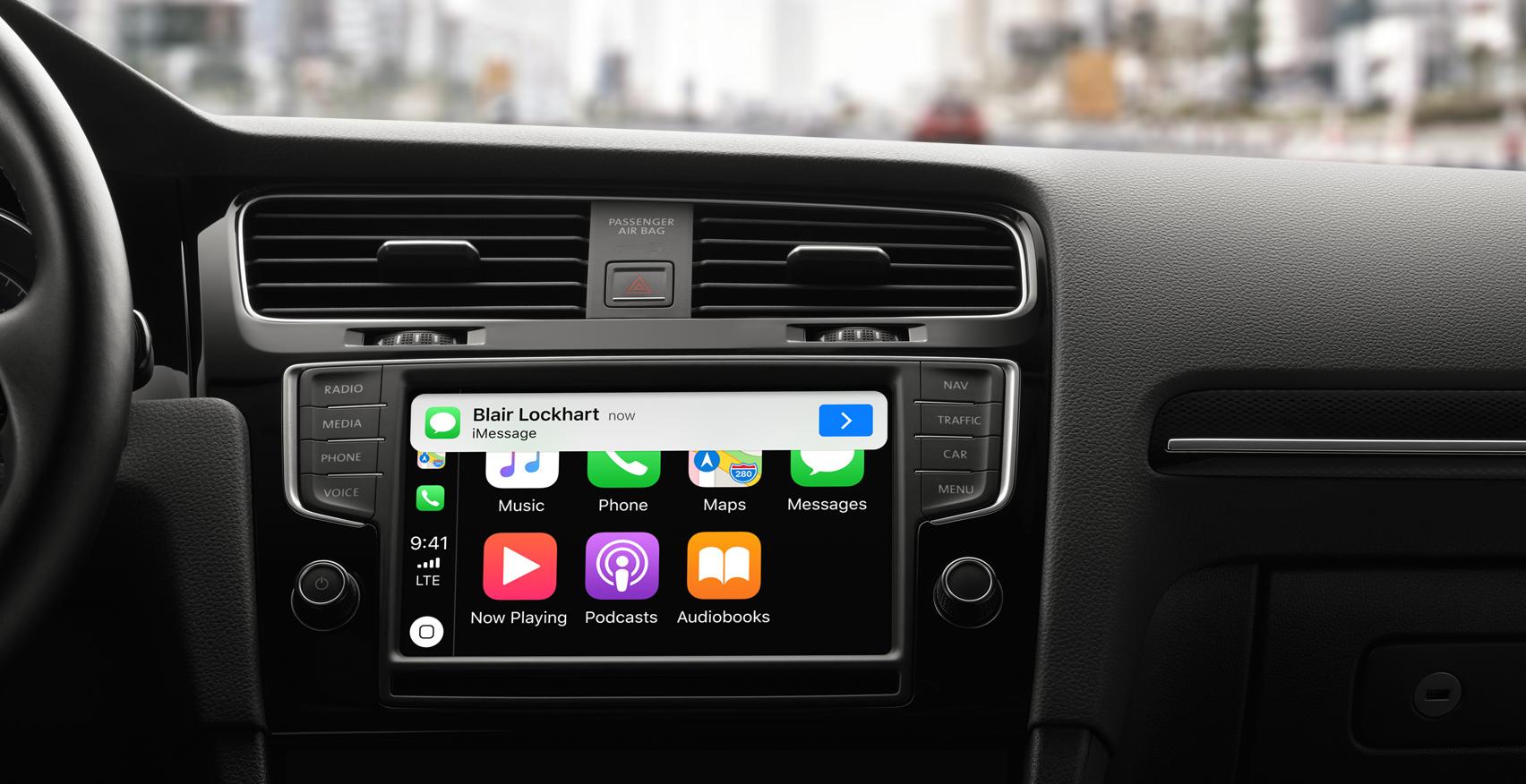 Apple CarPlay - The Ultimate Copilot