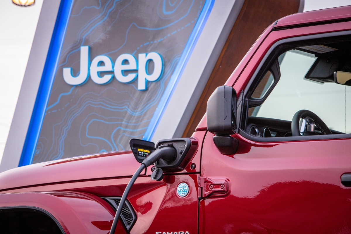 2021 Jeep Wrangler 4xe Gets a Warm Welcome