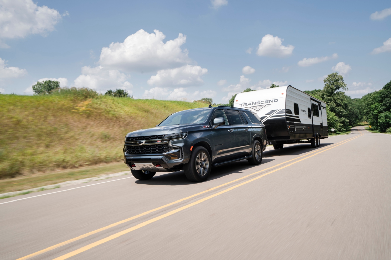The Diesel Chevrolet Tahoe and Suburban Show That They're Still Hot Stuff With Recent Sales
