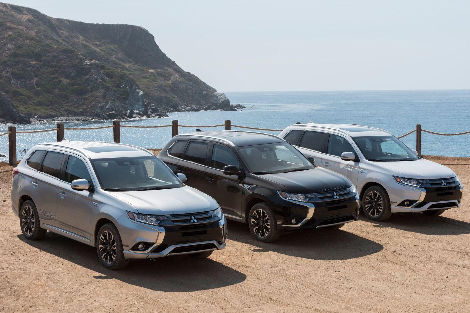 What's Unique About the 2018 Mitsubishi Outlander PHEV?