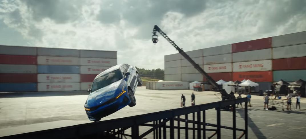 Kia K5 Performs Never-Before-Seen 360 Stunt