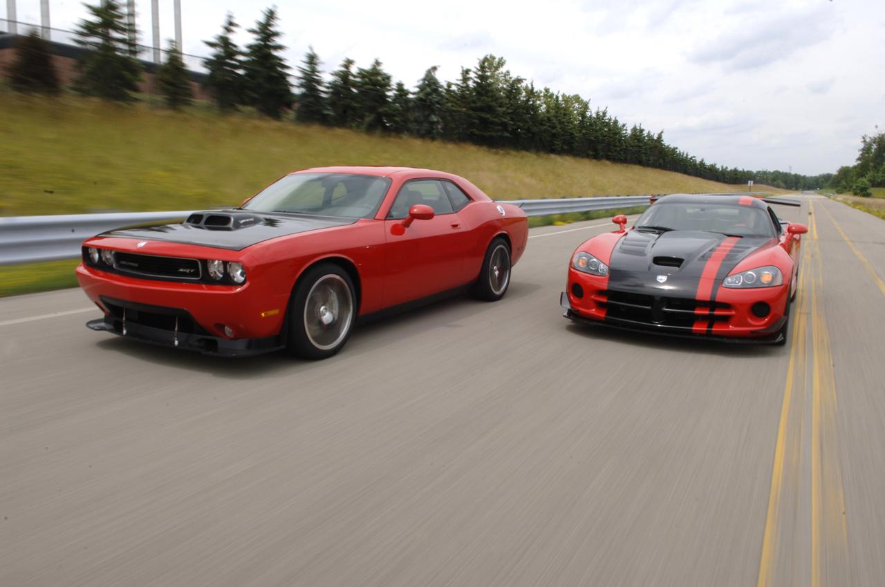 Miami Lakes SRT Viper Dodge Hellcat