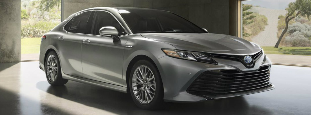 How far can you travel in the 2018 Toyota Camry?