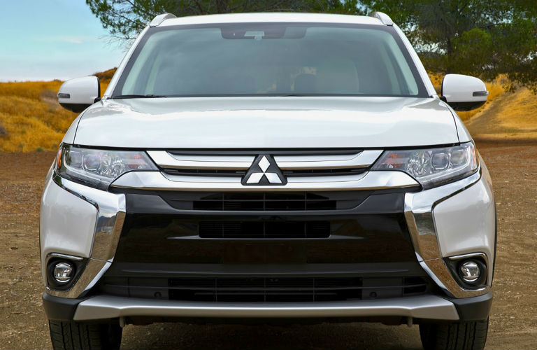Front Fascia of the new 2018 Mitsubishi Outlander
