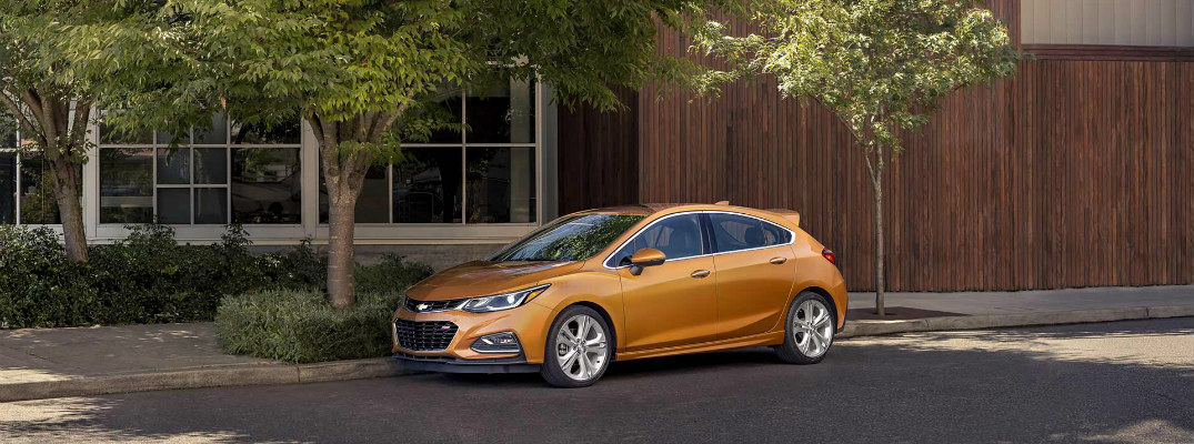 What Paint Colors Does the 2017 Cruze Hatchback Come In?