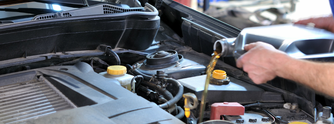 how to easily change a car oil If you are driving around in high temperature conditions or dusty, you can even replace the oil under ideal conditions, you should be seeking to change your oil every three months or 3,000 this will oil the drain plug more easily you might want to check the weight of your car's oil and oil-filter.