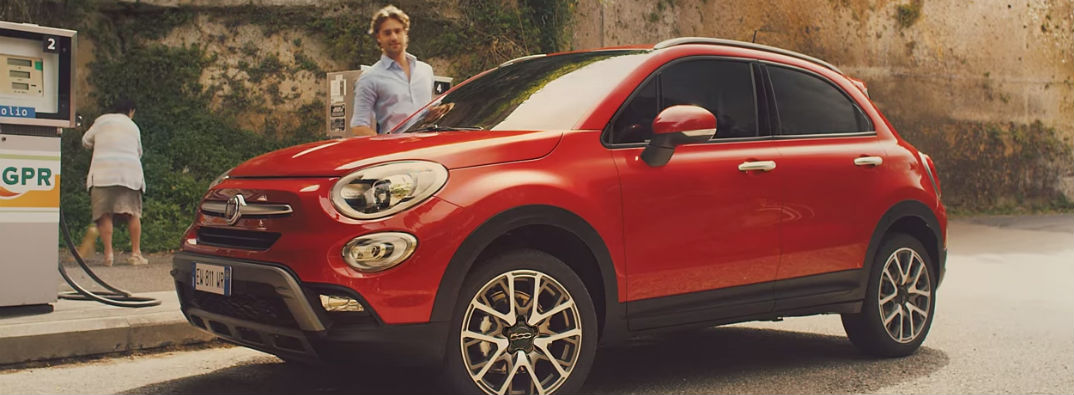 Funny Fiat 500x Superbowl 2015 Commercial