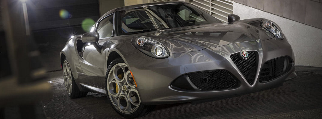 Luxury features available on the 2016 Alfa Romeo 4C