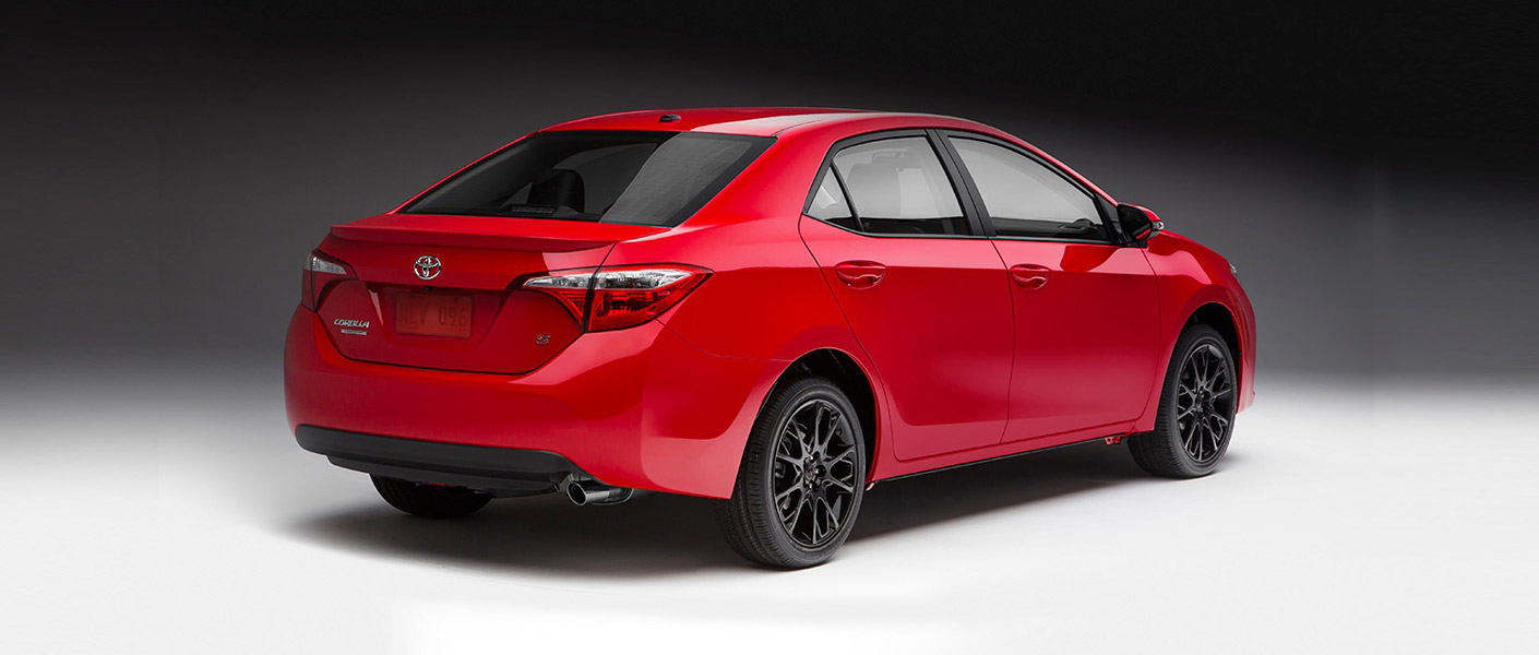 Toyota Rolls Out 2016 Corolla Se