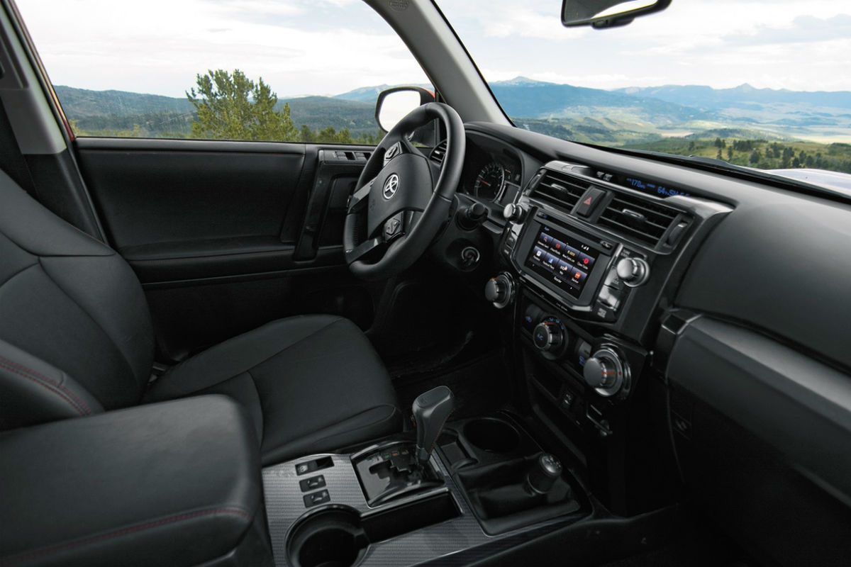 2018 toyota 4runner. simple 2018 drivers cockpit of the 2018 toyota 4runner and toyota 4runner