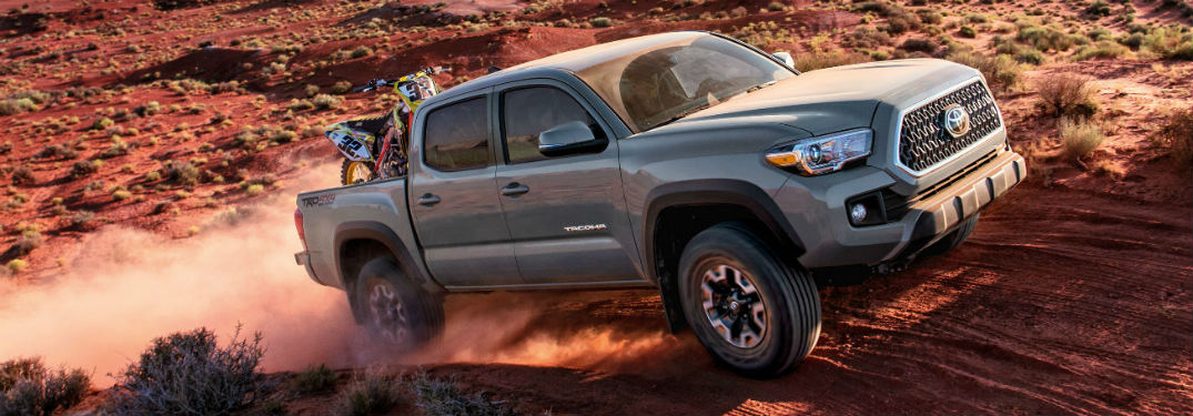 What are the 2018 Toyota Tacoma color options?