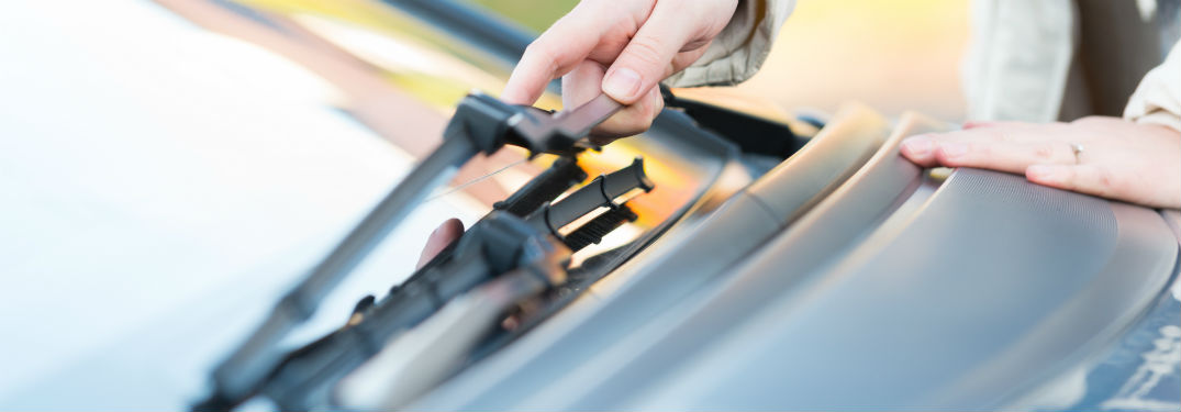 How to change your windshield wiper blades