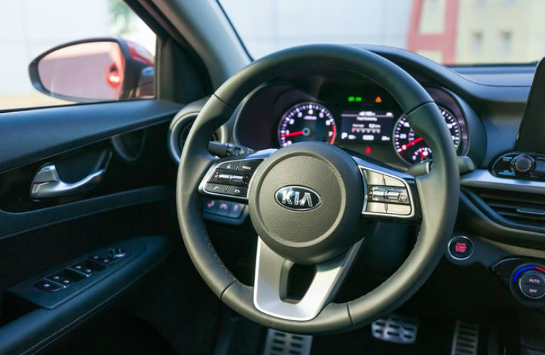 steering wheel design of 2019 Kia Forte