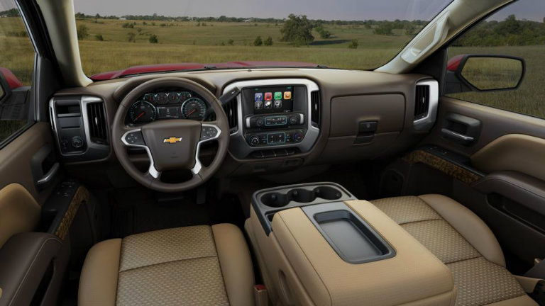 2017 Chevy Silverado with Cocoa/Dune with Cloth Seat Trim ...