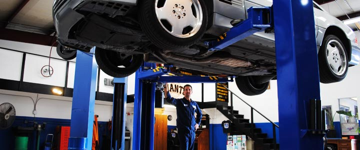 Spring Vehicle Service Near Chicago