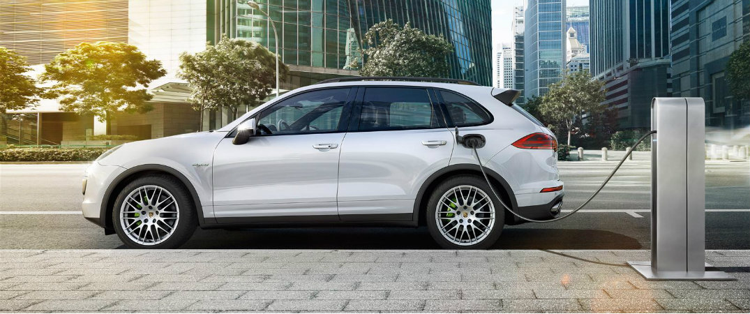 How to charge Porsche hybrid