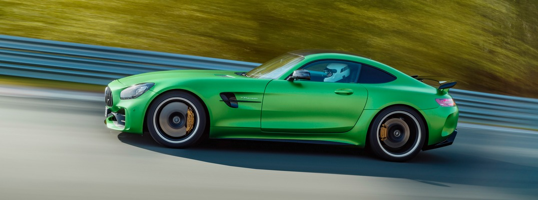 How fast is the 2018 Mercedes-AMG GT R?