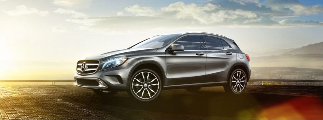 how much cargo space is there in the mercedes benz gla. Black Bedroom Furniture Sets. Home Design Ideas