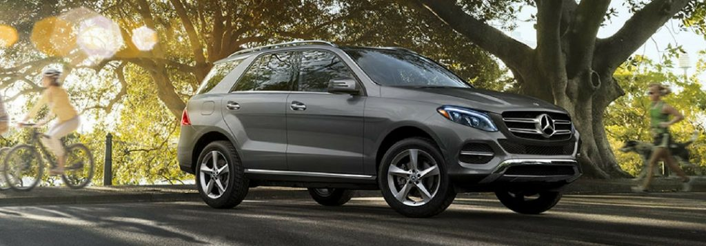 How much can the 2018 mercedes benz gle tow for How much is service b for mercedes benz