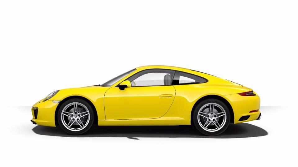 2018 Porsche 911 in Racing Yellow
