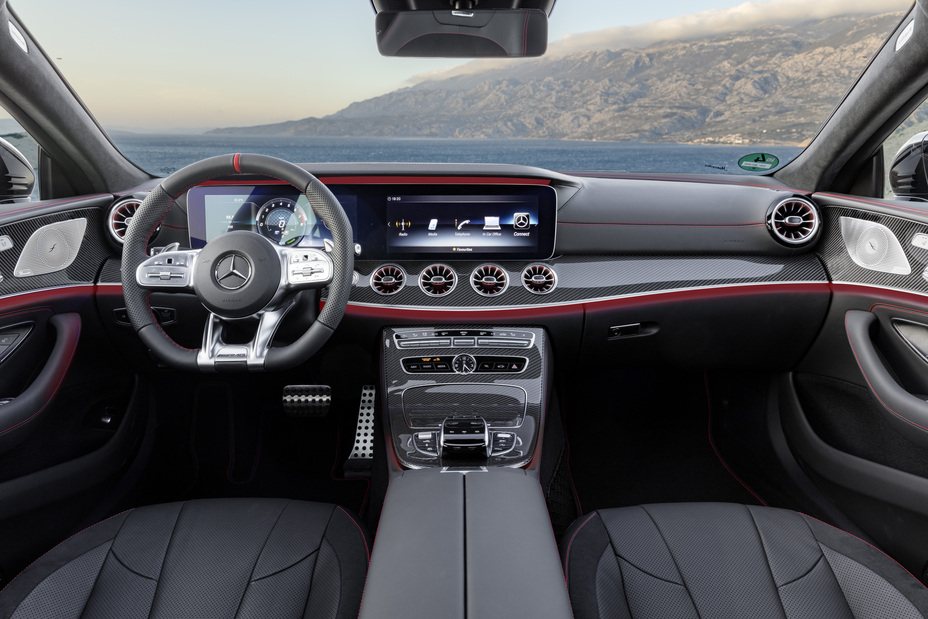 view of the interior front of the 2019 Mercedes-Benz CLS